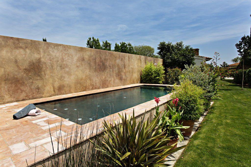 Hotel rural con piscina en girona costa brava enc s d for Piscinas costa brava